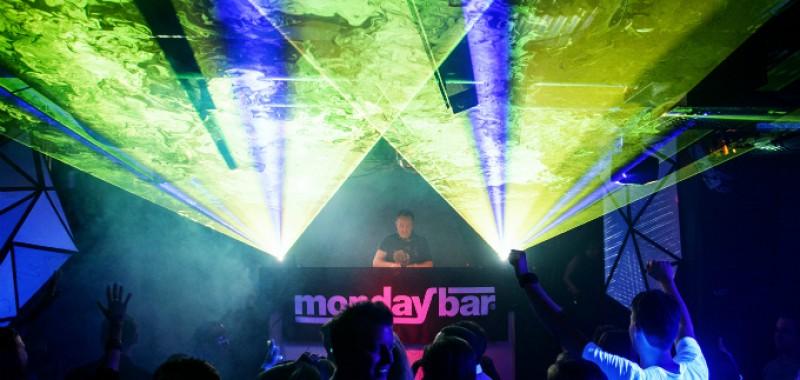 Pictures: MondayBar Classics